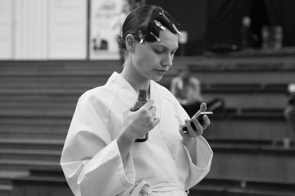 Изображение 5. За кулисами своего показа Мария Рыбальченко предсказала будущее, окунулась в прошлое, живя настоящим.. Изображение № 6.