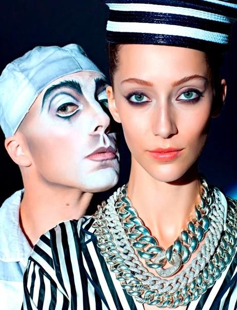 Алана Циммер и Кристал Рэн для Vogue Russia. Изображение № 1.