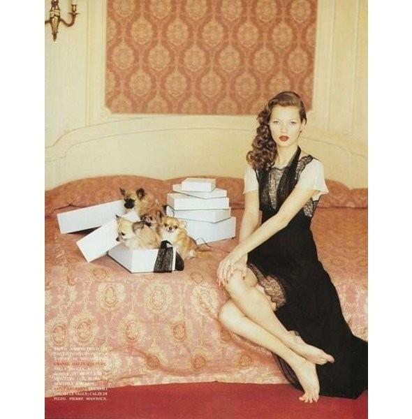 Архивная съёмка: Кейт Мосс для итальянского Vogue, 1993. Изображение № 8.