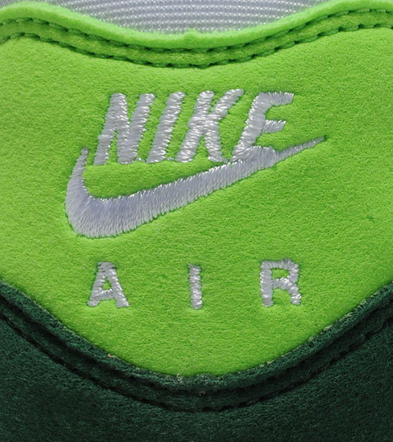 Nike Air Max 1 Gorge Green. Изображение № 6.
