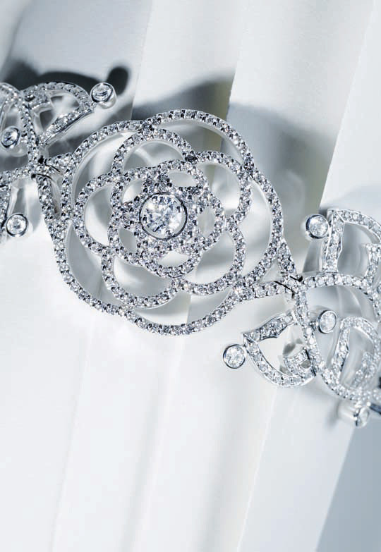 Лукбук: Chanel Haute Joaillerie Holiday 2011. Изображение № 14.