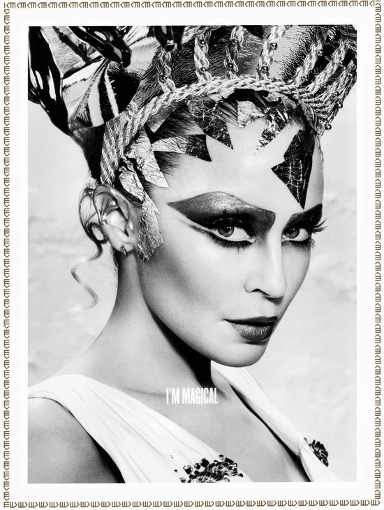 Изображение 1. Кайли Миноуг - греческая богиня любви: музыкальные победы и эксклюзивные фотографии.. Изображение № 2.