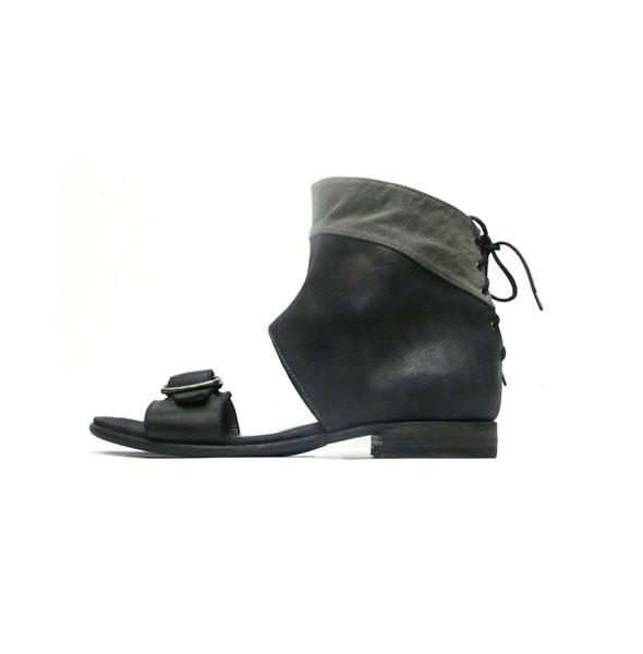 Игаль Азруэль выпускает первую коллекцию мужской обуви. Изображение № 2.