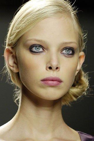 Tanya Dziahileva чистое сияние красоты. Изображение № 11.