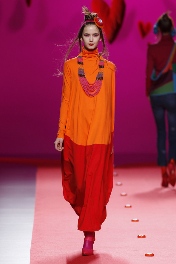 Испанцы Fall Winter 2011/2012: AGATHA RUIZ DE LA PRADA. Изображение № 13.