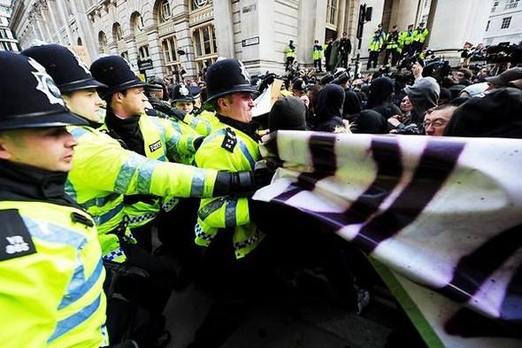 Лондон. Митинг. Изображение № 9.