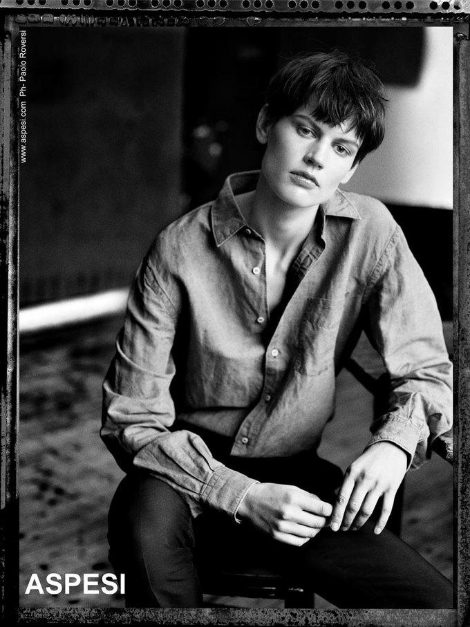 Вышли новые кампании Acne, Dior и Prada. Изображение № 17.