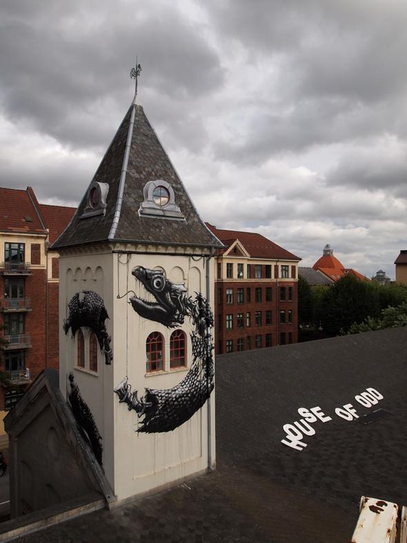 Животный стрит-арт от бельгийского граффитчика ROA. Изображение № 44.