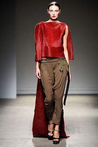Thimister Haute Couture FW 2010. Изображение № 27.
