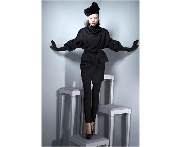 Новые коллекции: Acne, Dior, Moschino, Viktor & Rolf. Изображение № 42.
