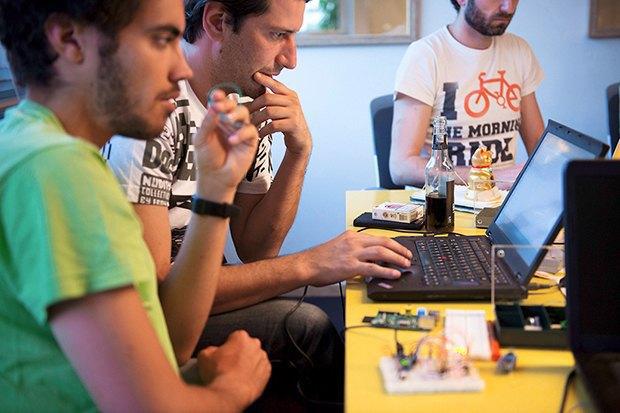 Как сделать передатчик сигнала SOS с помощью платформы Arduino. Изображение № 21.