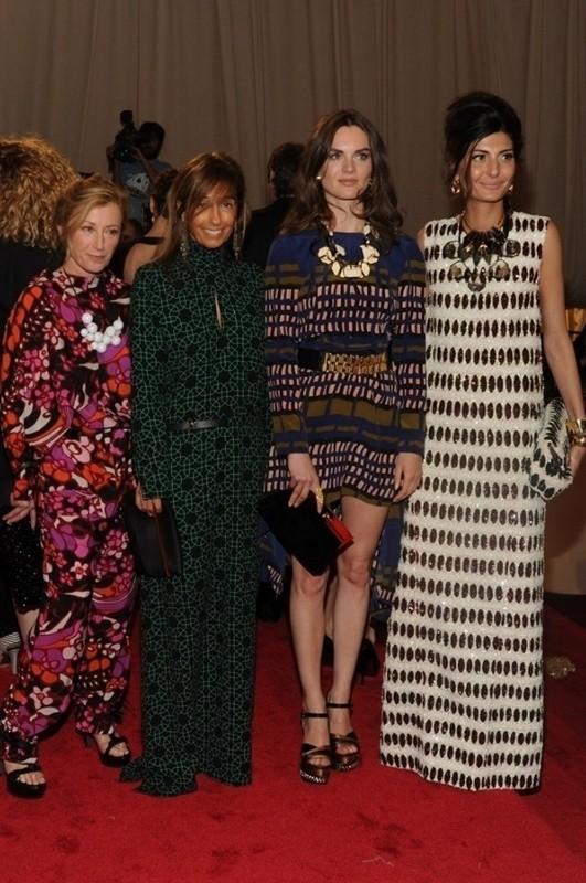 Изображение 19. 2011 MET Costume Institute Gala - Models style.. Изображение № 20.