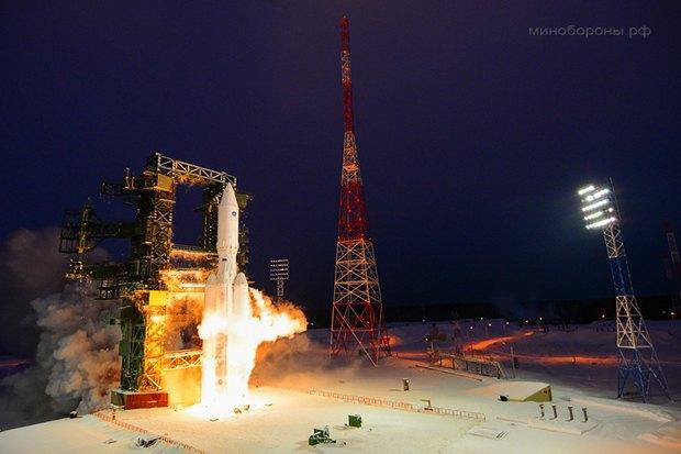 Первый запуск ракеты-носителя тяжёлого класса «Ангара-А5» с космодрома «Плесецк». Изображение № 1.