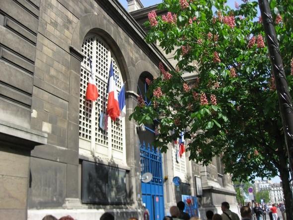 Блошиный рынок в Париже, история любви и браслет, который говорит. Изображение № 1.