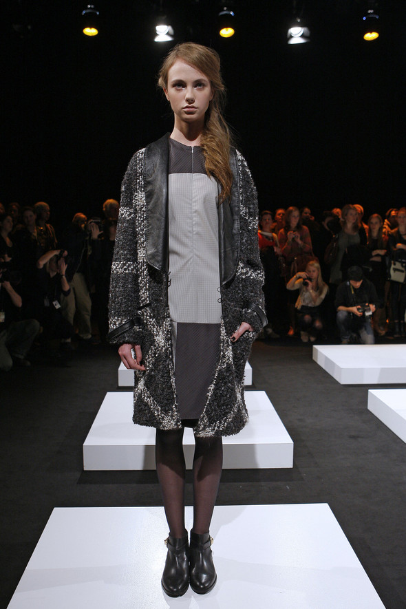 Berlin Fashion Week A/W 2012: Eva & Bernard. Изображение № 3.