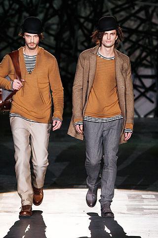 Что носить осенью: мужские показы в Милане. Изображение № 238.