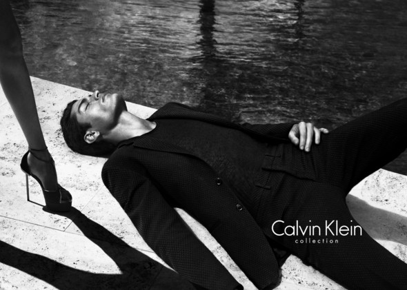 Кампания: Calvin Klein Collection SS 2012. Изображение № 1.