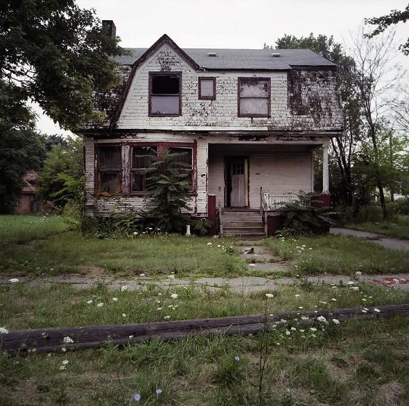100 заброшенных домов. Изображение № 2.