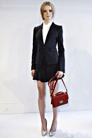 Сезон весна-лето 2012 :10-ка лучших женских костюмов с юбкой. Изображение № 7.