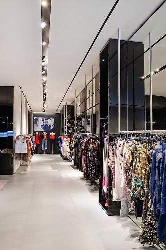 ВМоскве открылся Французский fashion showroom «ATYPIK». Изображение № 9.