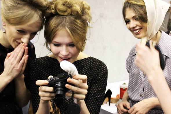 Ulyana Sergeenko SS 2012. Backstage. Изображение № 19.