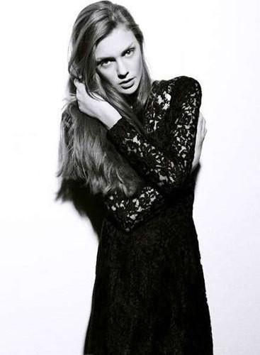Изображение 14. Новые лица: Эмили Смит.. Изображение № 16.