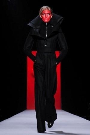 Изображение 49. Показы на Paris Fashion Week FW 2011: день 5.. Изображение № 13.