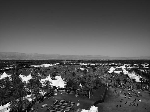 Эди Слиман запечатлел фестиваль Coachella. Изображение № 1.