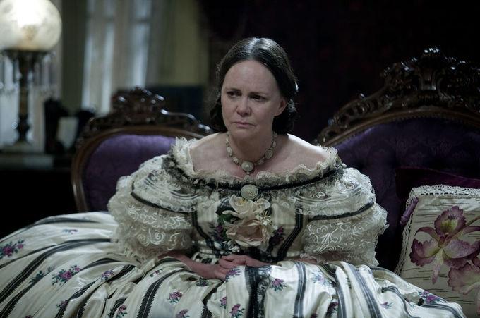 Салли Филд в «Линкольне». Изображение № 6.