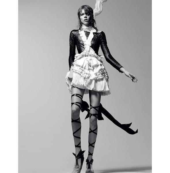 Изображение 30. Dance, dance, dance: 10 съемок, вдохновленных балетом.. Изображение № 26.
