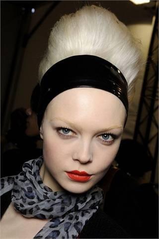 Red lipstick. Изображение № 23.