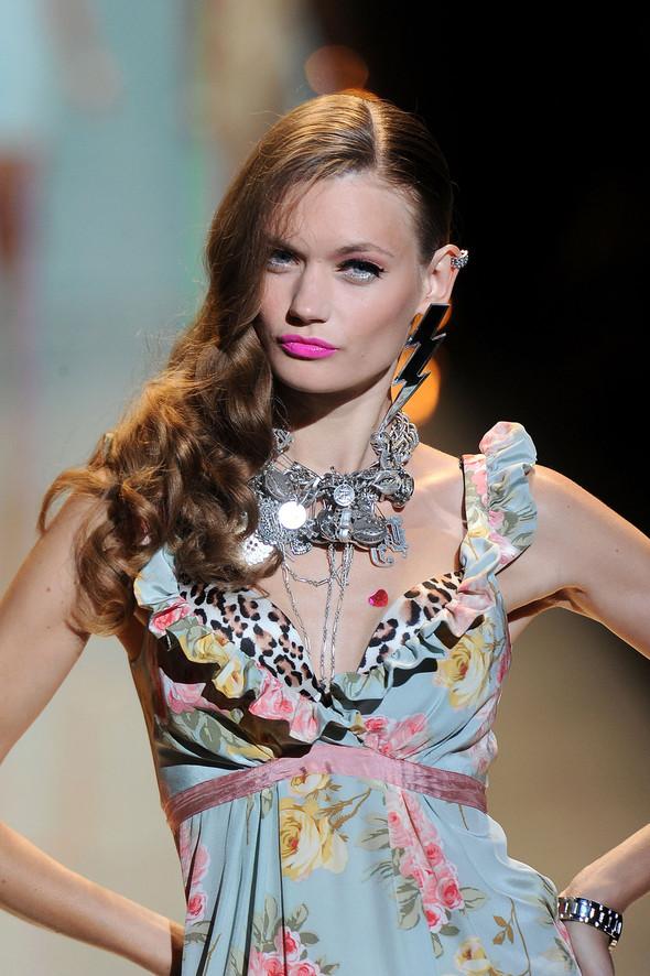 New York Fashion Week: Betsey Johnson Spring 2012. Изображение № 21.