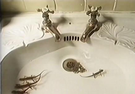 26 ванных комнат! Питер Гринуэй. Изображение № 3.