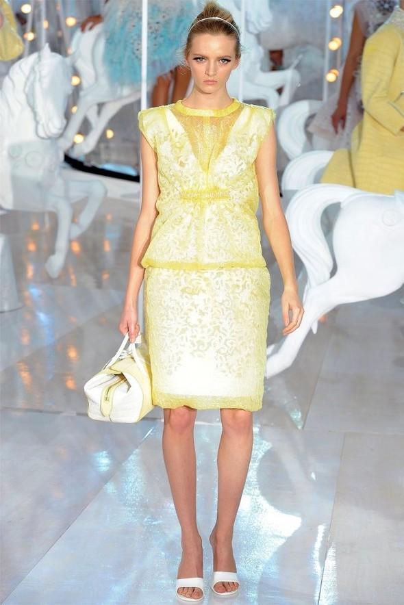Неделя моды в Париже: Louis Vuitton весна 2012. Изображение № 12.