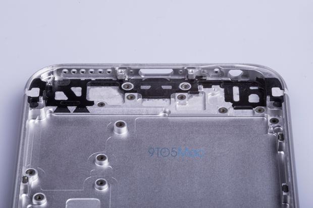 Выложены фото якобы подлинной тыльной стороны iPhone 6s. Изображение № 9.