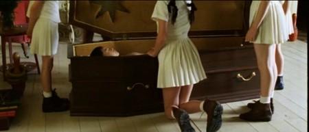Невинность Innocence (Люсиль Хадзихалилович, 2004). Изображение № 3.