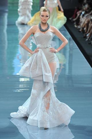 Футуристическая классика Dior. Изображение № 11.