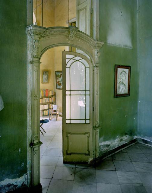 Изображение 17. Фасады Гаваны от Michael Eastman.. Изображение № 17.