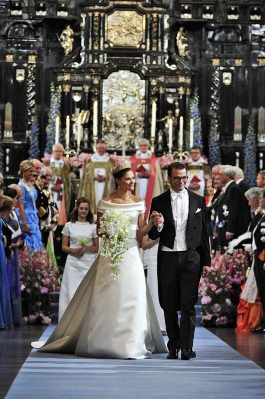 Свадьба шведской кронпринцессы Виктории. Изображение № 41.