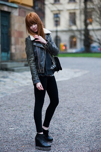Почему fashion-блоггеры любят Acne?. Изображение № 5.