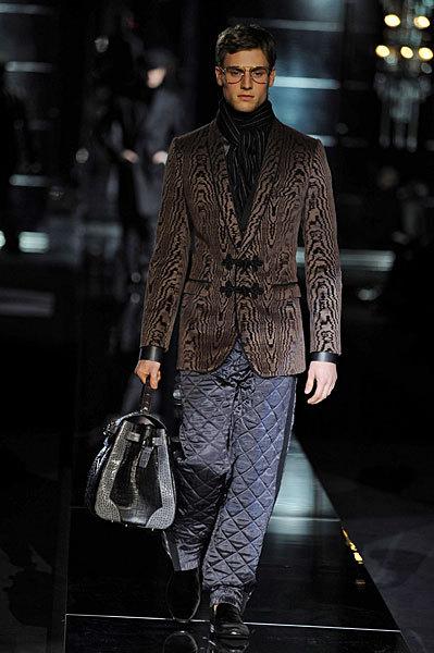 Giorgio Armani начал войну против Dolce&Gabbana. Изображение № 7.