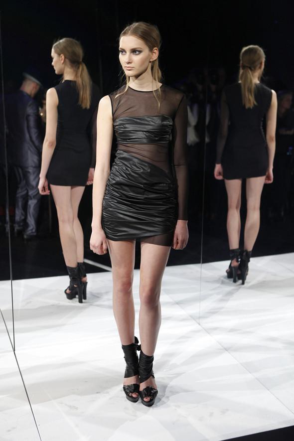 Изображение 9. Кира Пластинина показала новую коллекцию на неделе моды в Нью-Йорке.. Изображение № 9.