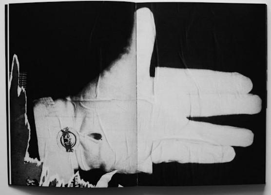 10 альбомов о современном Берлине: Бунт молодежи, панки и знаменитости. Изображение №114.