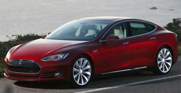 Tesla открыла бесплатные станции подзарядки. Изображение № 1.