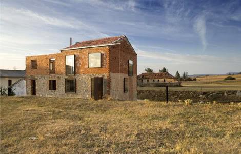 Jesús Castillo. Жилые руины. Изображение № 1.