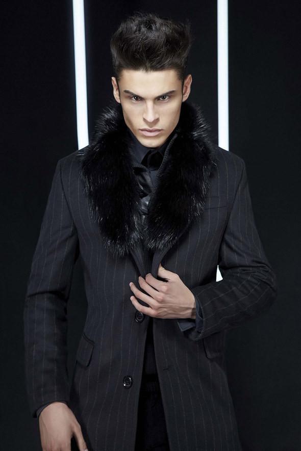 Изображение 20. Лукбуки: Bergdorf Goodman, Lagerfeld и Armani Exchange.. Изображение № 20.