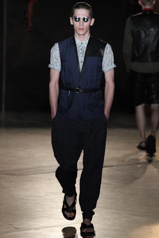 Неделя мужской моды в Париже: День 4. Изображение № 10.
