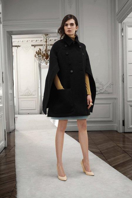 Вышли предосенние коллекции Givenchy, Celine, Chloe и других марок. Изображение № 19.