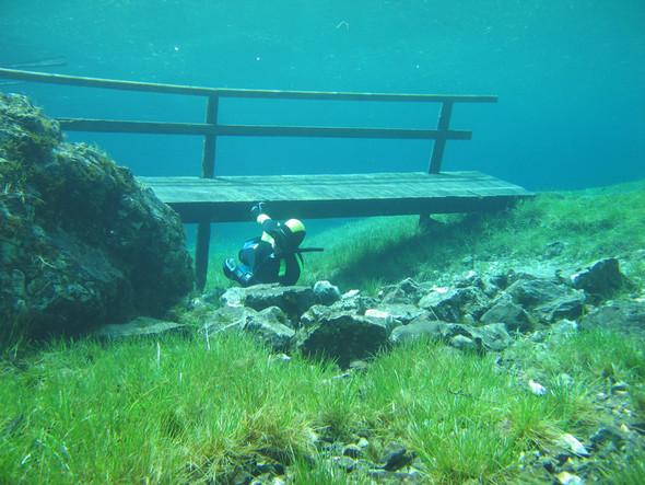 Фотограф Herbert Meyrl. Скамейки под водой. Изображение № 4.