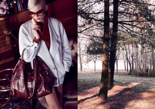 Кампании: Dior, Versace, Gucci и Burberry. Изображение № 11.